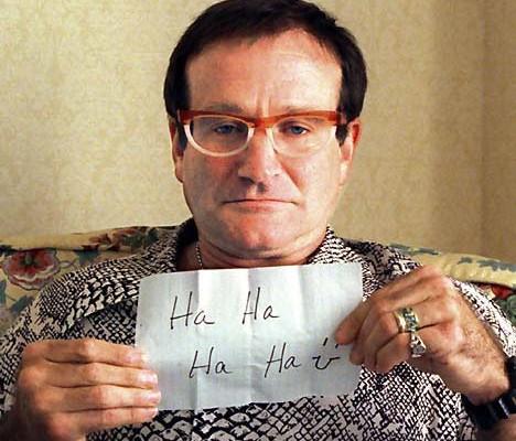 Cum scriem despre sinucidere. Robin Williams vs Mădălina Manole